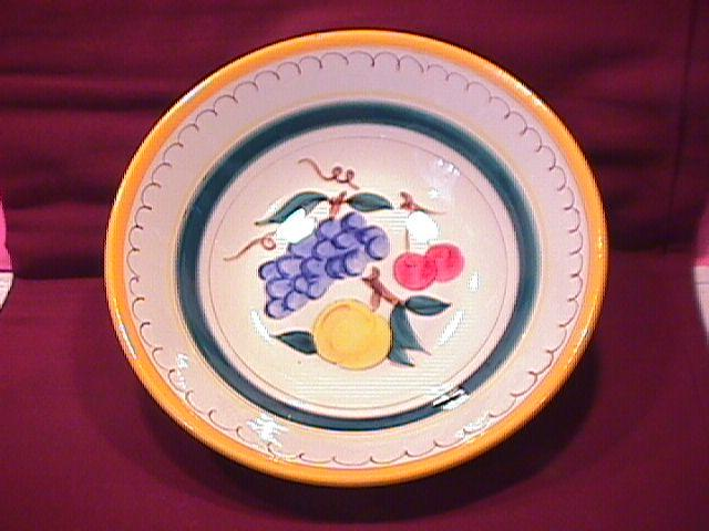 Stangl Potteries (Fruit) Round Vegetable
