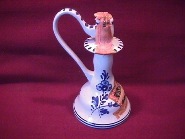 Miniature (Delfts) Porcelain Bottle