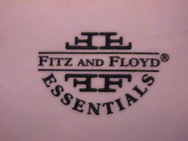 Fitz & Floyd Essentials (Ho! HO! Ho!) Santa Claus Wall Hanger