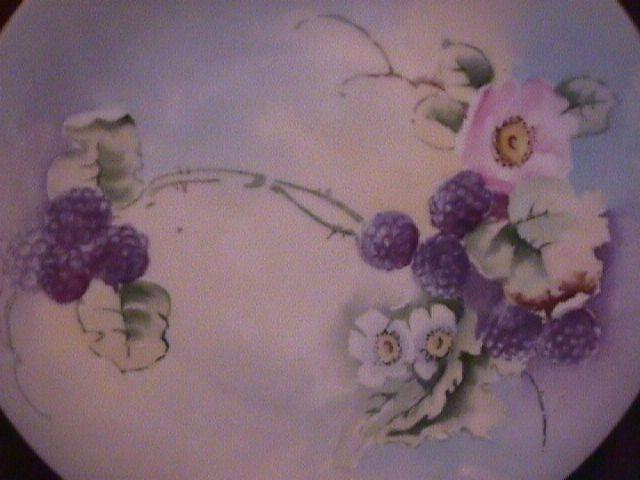 Porcelain Hand-Painted Decorative Plate of Blackberry & Floral