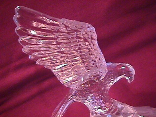 Impressive Crystal (Bald Eagle) Statue