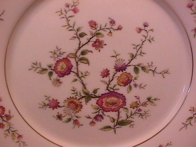 Noritake Fine China (Asian Song) #7151 Dinner Plate