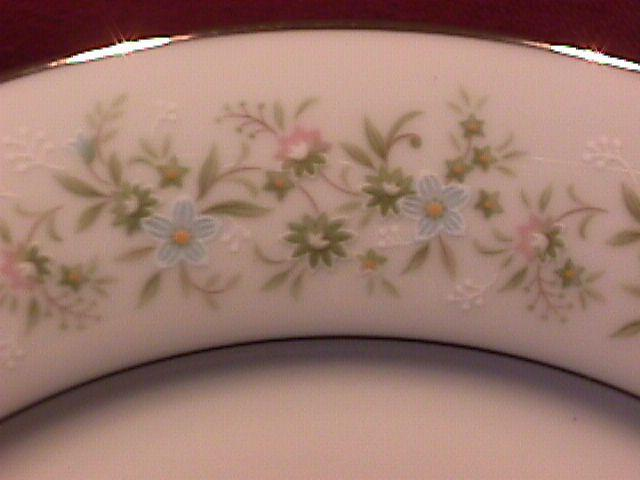 Noritake Fine China (Savannah) #2031 Dinner Plate