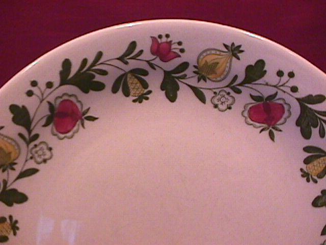Johnson Brothers (Gretchen)=Green Dinner Plate