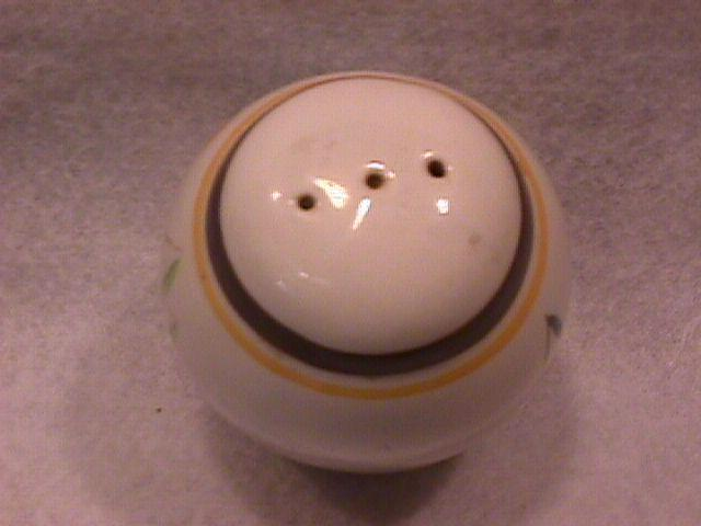 Stangl Pottery (Country Life) Salt Shaker