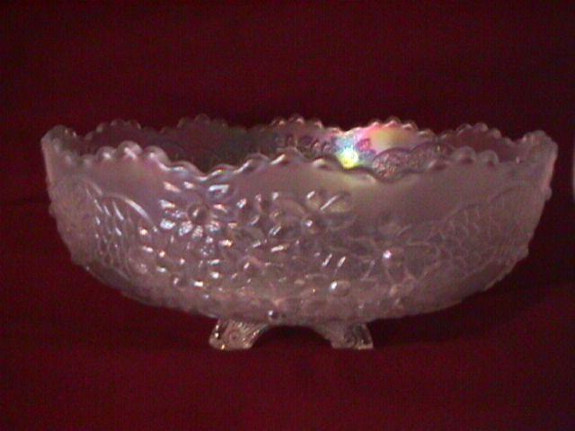 Fenton Carnival Glass (Orange Tree) Master Berry Bowl=White