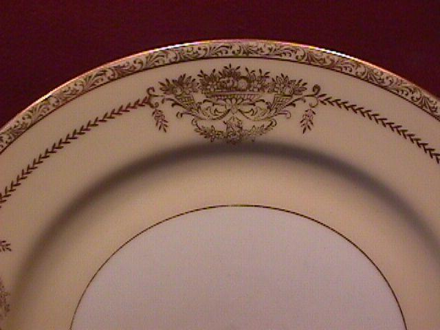 Noritake Fine China (Penelope) Cake Plate
