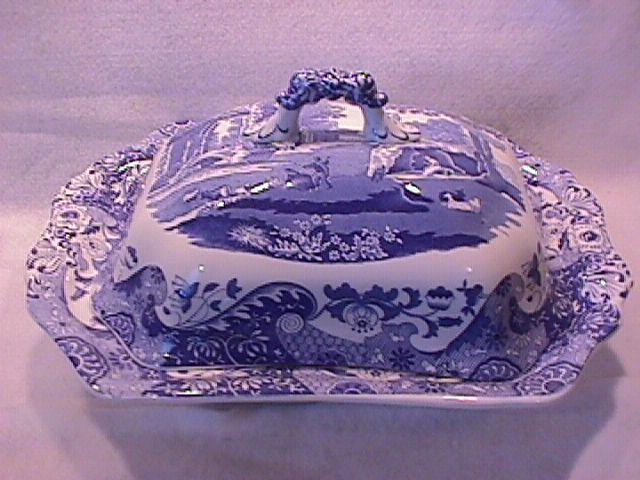 Spode Fine China (Blue Italian) C1816 W Covered Vegetable