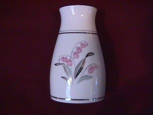 Noritake Fine China (Crest) #5421 Salt Shaker
