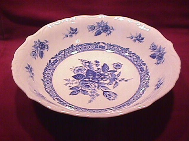 Mikasa Fine China (Rosalie) #L-9079 Round Vegetable