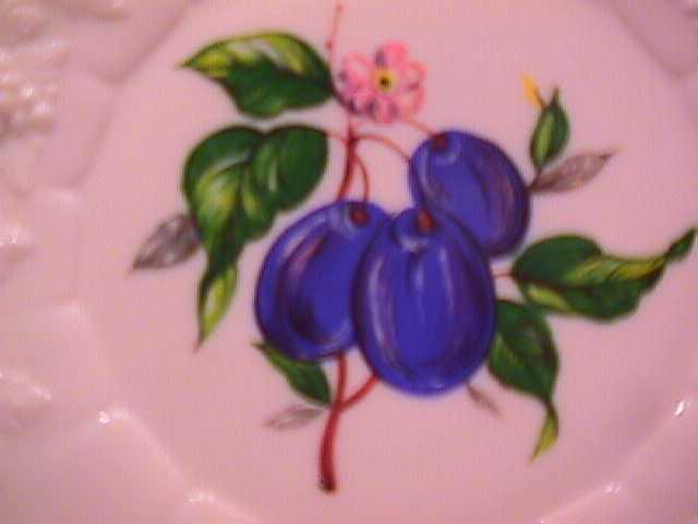 Set of 2=Westmoreland Milk Glass Plates