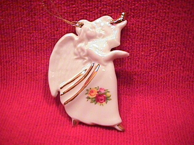 Royal Albert (Old Country Roses Holiday) Angel Ornament
