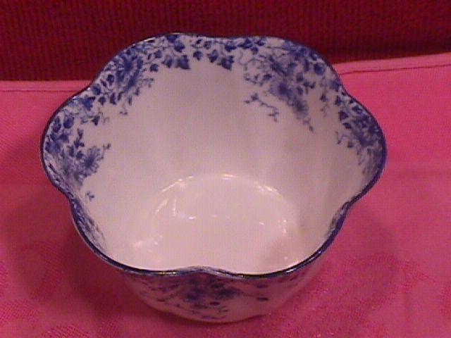 Shelley, Bone China (Dainty Blue) Open Sugar