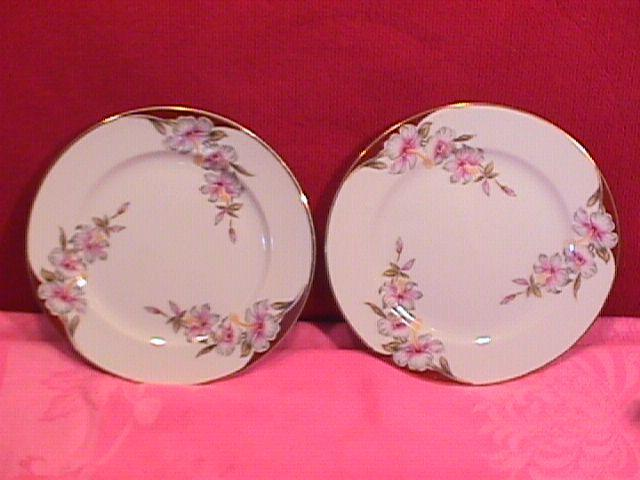 Aladdin Fine China (Brittany) 2=Cake Plates