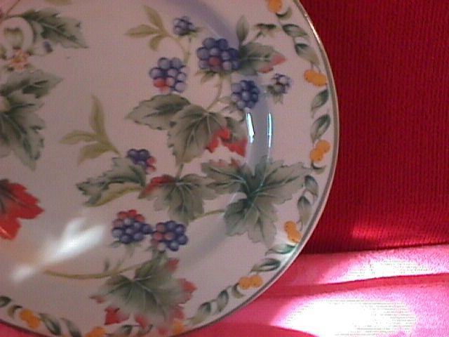 Avon Fine China (Country Fruit) Salad Plate