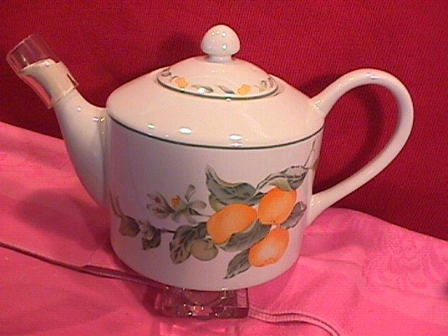 Avon Fine China (Country Fruit) Covered Tea Pot