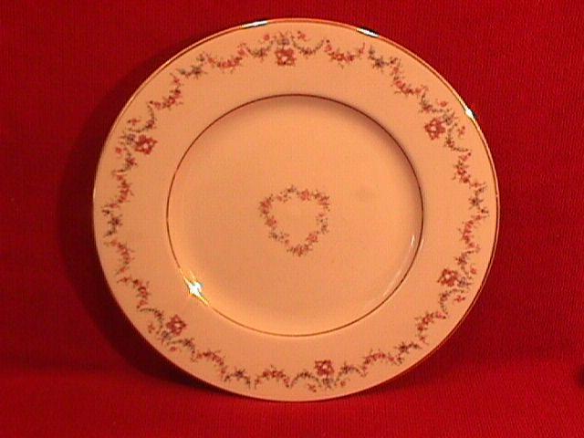 Syracuse China, Old Ivory (Arcadia) Dinner Plate