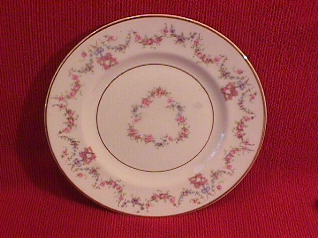 Syracuse China, Old Ivory (Arcadia) Cake Plate