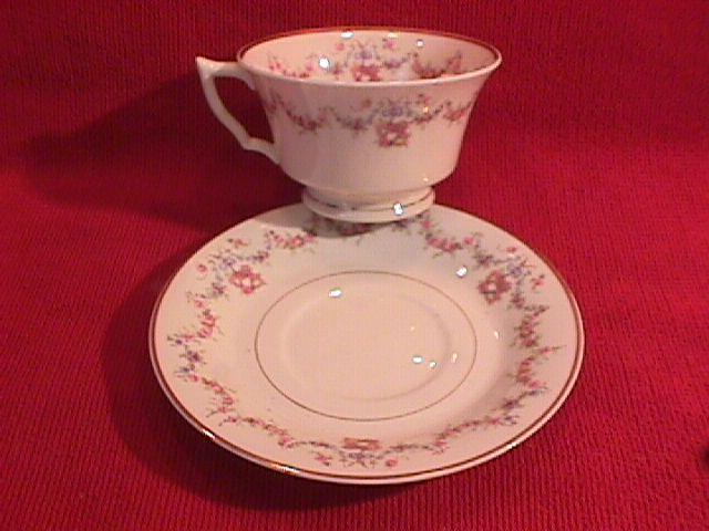 Syracuse China, Old Ivory (Arcadia) Cup & Saucer