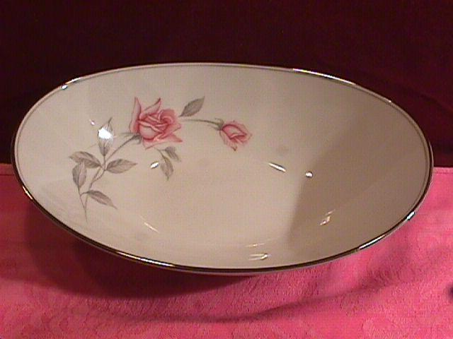 Noritake Fine China (Rosemarie) #6044 Oval Vegetable