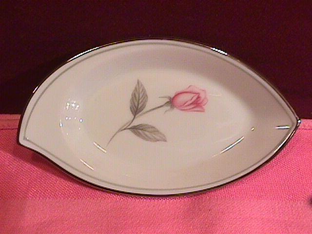 Noritake Fine China (Rosemarie) #6044 Ash Tray
