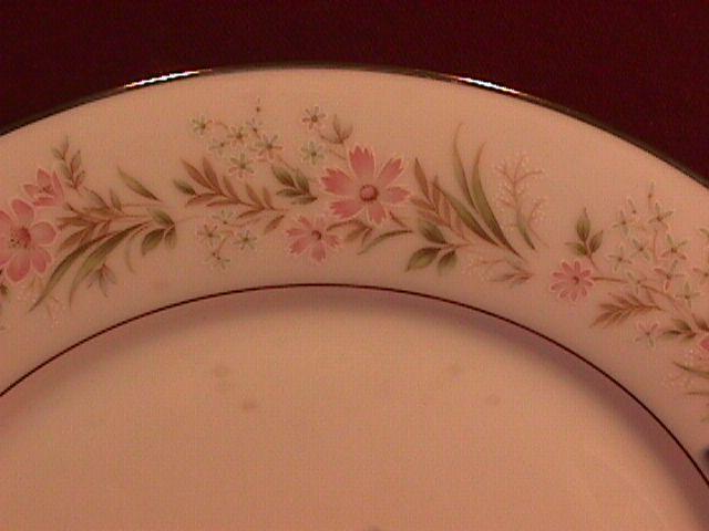 Noritake Fine China (Mayflower) #2351 2-Cake Plates