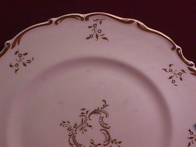Royal Doulton Bone China (Monteigne) # H-4954 Covered Sugar