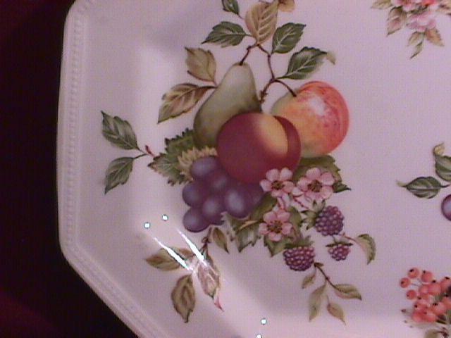Johnson Brothers (Fresh Fruit) Dinner Plate-Octagon