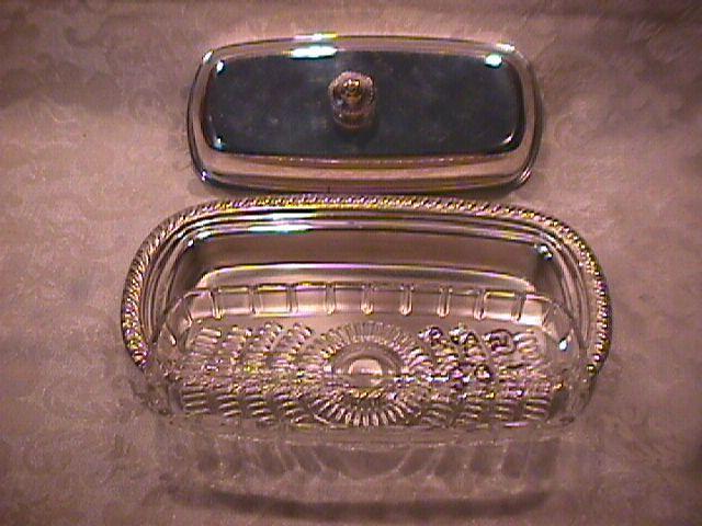 Oneida Silverplate (Fiesta) Covered Butter Dish & Liner