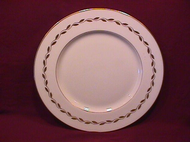 Lenox China (Golden Wreath) Dinner Plate