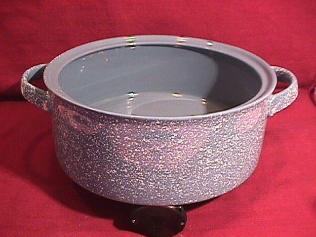 Mikasa, Ultrastone (Country Blue) Covered Casserole Base Only