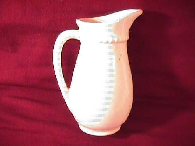 ROYAL COPELY SYRUP PITCHER (ROSES)