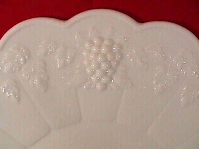 WESTMORELAND PANELED GRAPE  TORTE PLATE MILK GLASS