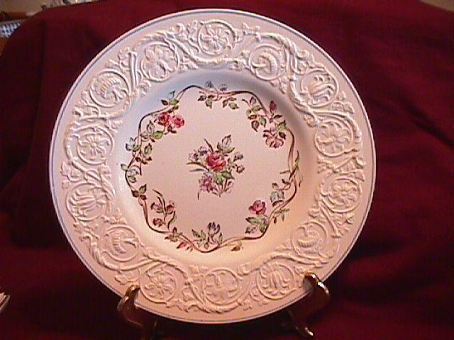WEDGWOOD ARGYLE TL-397 DINNER PLATE 10 5/8