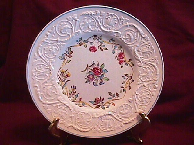 WEDGWOOD ARGYLE TL-397 LUNCH  PLATE 9 3/8