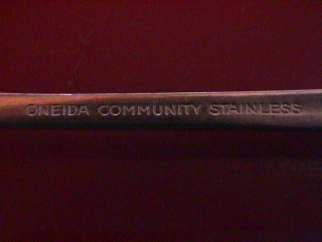 Oneida Stainless Patrick Henry Sugar Shell