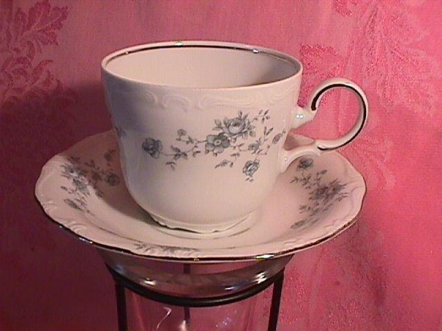 Johann Haviland Blue Garland Breakfast Cup & Saucer