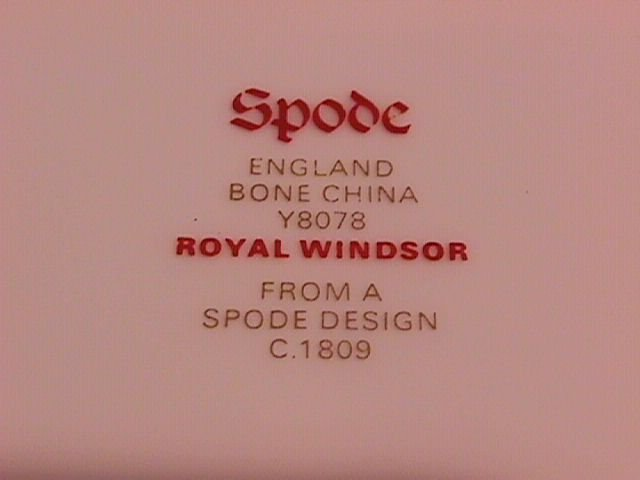 Spode Royal Windsor-Y8078 Dinner Plate
