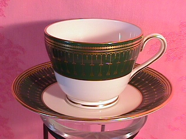 Spode Royal Windsor-Y8078 Cup & Saucer