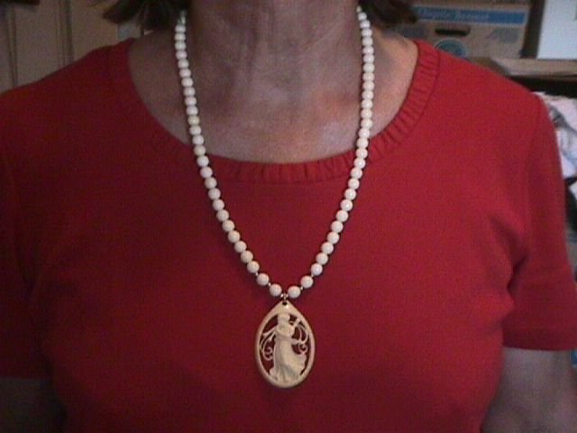 Antique Art-Noveau Lady With Pipes= Ivory & 14K Necklace