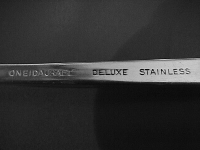 Oneidacraft Delux Stainless