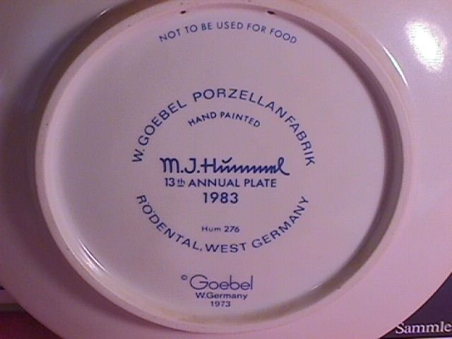 Hummel Annual Christmas Plate-1983 Mint W/Box