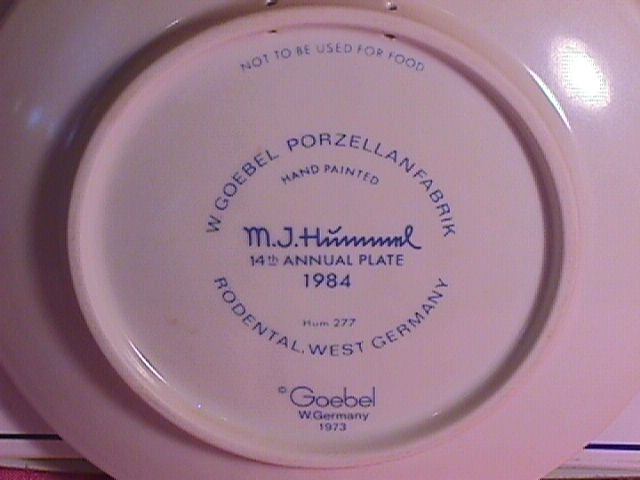 Hummel Annual Christmas Plate-1984 Mint W/Box