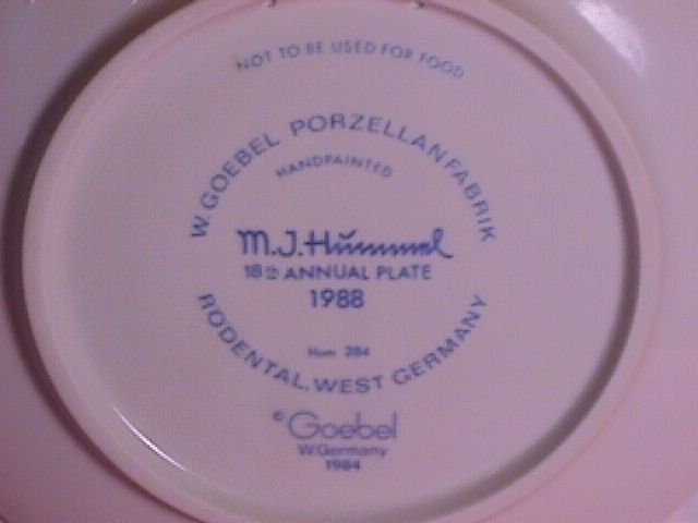 Hummel Annual Christmas Plate-1988 Mint W/Box