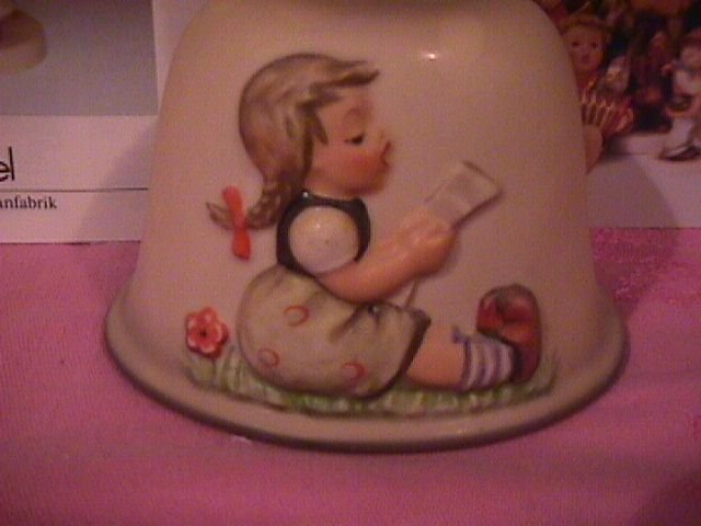 Hummel Annual Bell=1985= 8th Edition:  Sweet Song