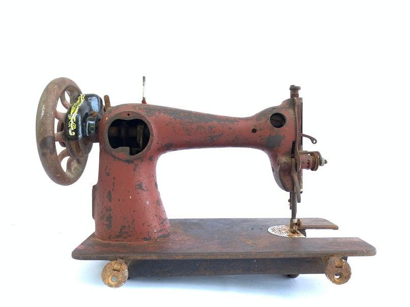 ANTIQUE SEWING MACHINE 2510 Simanco Year 1923 Old Singer ISMACS (International Sewing Machine Collectors' Society) Vintage Textile Stitch