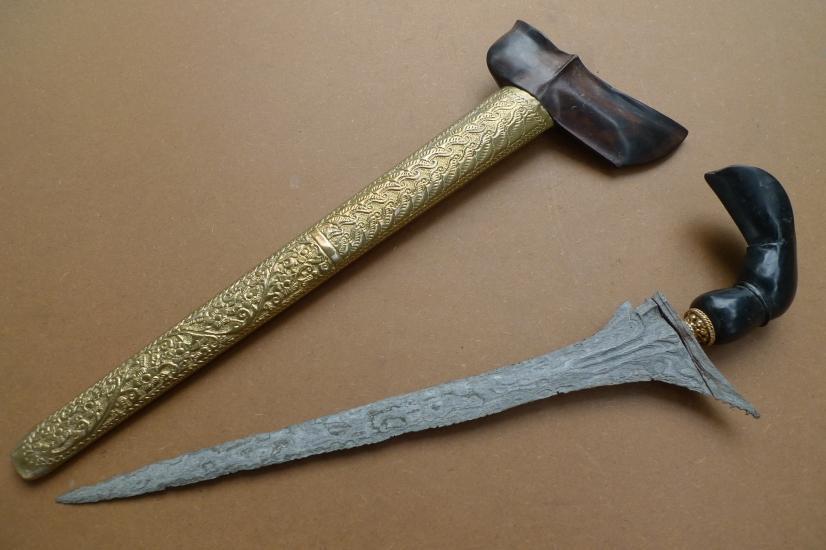 (AGED KERIS MINANG: Straight Blade) Knife Weapon Sword Dagger Kris Asia Asian