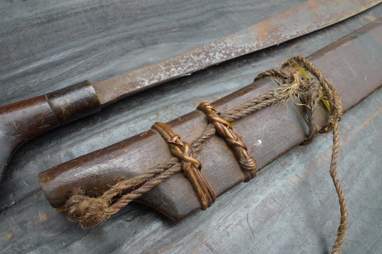 DAYAK WEAPON SWORD Parang Jimpul Borneo Headhunter Headhunting Sword Knife Blade