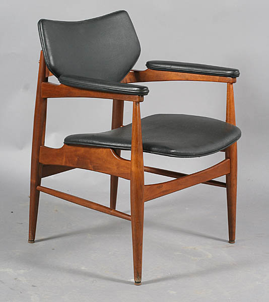 Pleasant 7400 6 Mid Century Modern Labeled Thonet Arm Chairs With Vinyl Backs A Ibusinesslaw Wood Chair Design Ideas Ibusinesslaworg