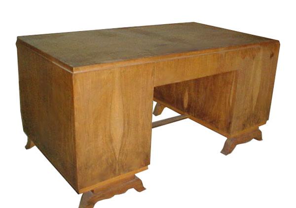 10.1438 Rosewood Art Deco Desk c. 1930